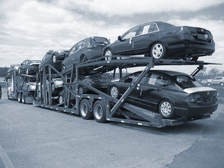 Car and vehicle shipping company for moving your auto in Canada and the U.S.